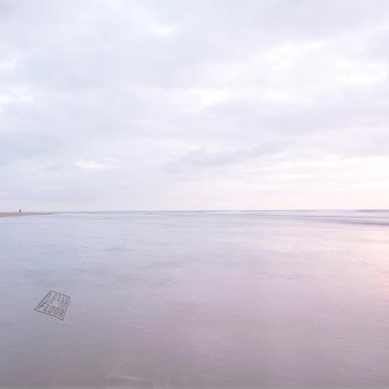 539921-high-key-strand-zee